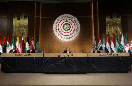 Lebanese President Michel Aoun talks during the Arab Economic and Social Development summit meeting in Beirut