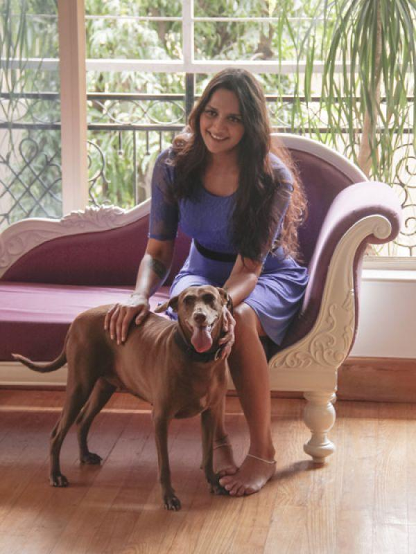 "<p><strong>Image courtesy : iDiva.com</strong></p><p><strong>Ahaana Deol</strong>: Hema Malini's younger daughter, Ahaana poses with Snoopy.<br /><br /><strong>Don't Miss: <a href=""http://idiva.com/photogallery-entertainment/10-most-charitable-bollywood-celebrities/15905"" target=""_blank"">10 Most Charitable Bollywood Celebrities</a></strong></p><p><strong>Related Articles - </strong></p><p><a href='http://idiva.com/photogallery-entertainment/celeb-spotting-at-times-food-guide-award/19579' target='_blank'>Celeb Spotting: At Times Food Guide Award</a></p><p><a href='http://idiva.com/photogallery-entertainment/actresses-who-play-mistresses-in-gangster-films/21419' target='_blank'>Actresses Who Play Mistresses in Gangster Films</a></p>"