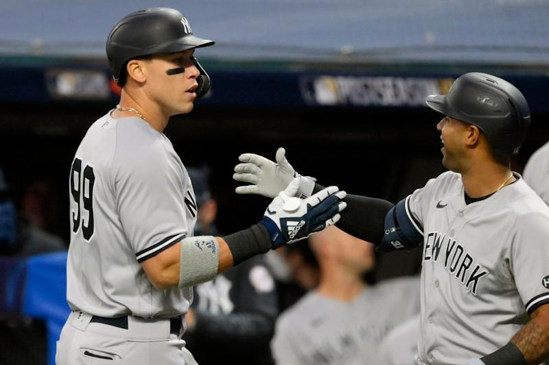 Aaron Judge celebrates with Aaron Hicks after home run against Indians