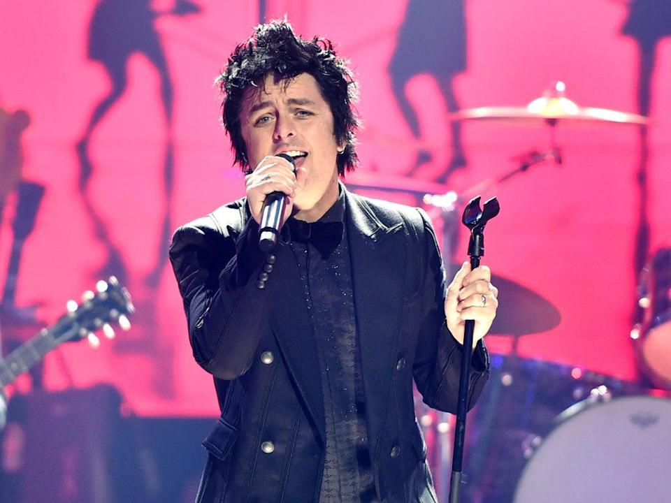 Billie Joe Armstrong of Green Day performs in Los Angeles, California on 23 November 2019 (Alberto E Rodriguez/Getty Images for dick clark productions)