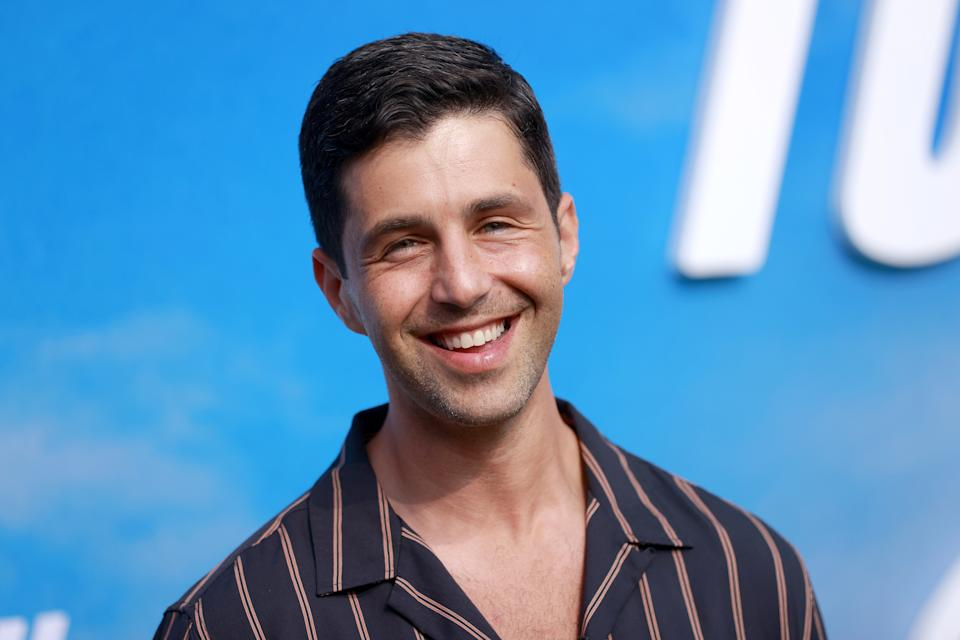 Josh Peck calls out continued use of memes from when he weighed 315 lbs.: 'Move on'