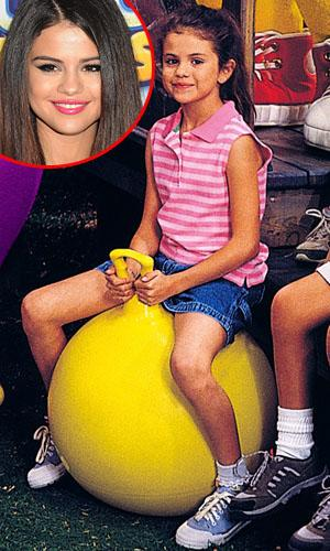 Throwback Thursday Demi Lovato And Selena Gomez On Barney