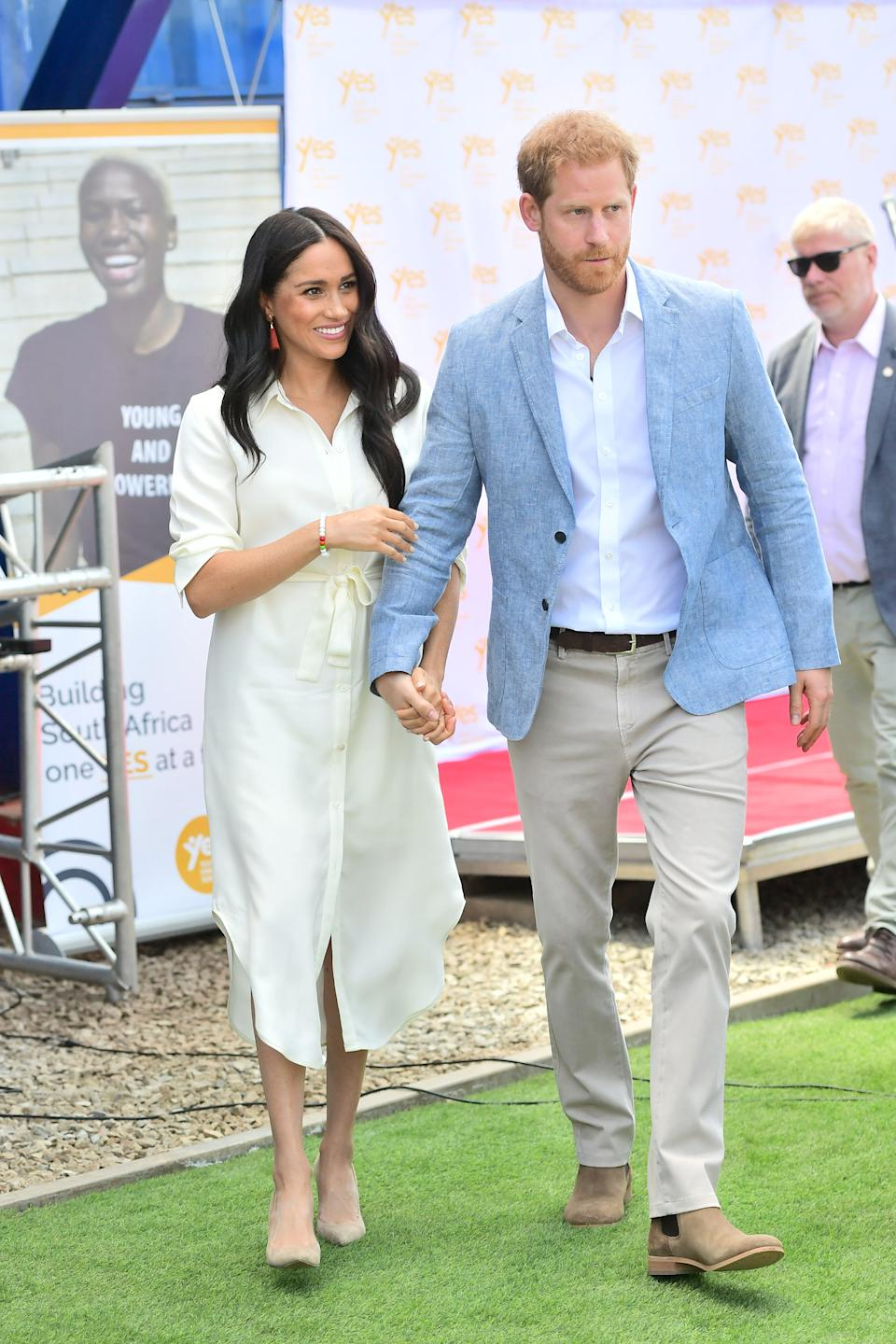 The Duke and Duchess of Sussex arrive at the township of Tembisa on their final day of royal tour [Photo: Getty]