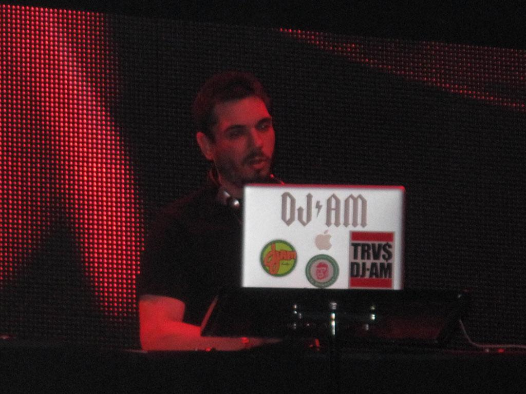 "DJ AM and Travis Barker hit the stage on New Year's Eve -- their first performance together since the near fatal plane crash last September. AM, aka Adam Goldstein, took to his blog last week to clarify the terms of his negligence lawsuit. Goldstein blogged, ""this suit is against the insurance companies that insured the pilots. I'm not after [the pilots'] personal estates nor their property."" However, his suit does state, ""The pilots were either poorly trained and/or failed to follow their training."" <a href=""http://www.infdaily.com"" target=""new"">INFDaily.com</a> - December 31, 2008"