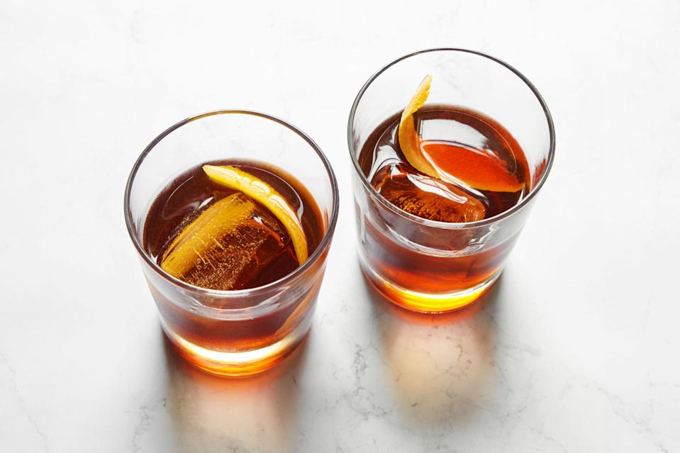 """Meet your new favorite fall cocktail: A sherry and amaro drink that's soft, rich, and made with just three ingredients. Our senior editor, Maggie Hoffman, has been <a href=""""https://www.epicurious.com/expert-advice/easy-fall-cocktail-remember-the-alimony-article?mbid=synd_yahoo_rss"""" rel=""""nofollow noopener"""" target=""""_blank"""" data-ylk=""""slk:making this one on repeat"""" class=""""link rapid-noclick-resp"""">making this one on repeat</a>. <a href=""""https://www.epicurious.com/recipes/food/views/remember-the-alimony-cocktail?mbid=synd_yahoo_rss"""" rel=""""nofollow noopener"""" target=""""_blank"""" data-ylk=""""slk:See recipe."""" class=""""link rapid-noclick-resp"""">See recipe.</a>"""