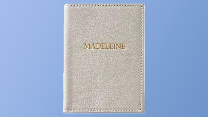 Best personalized grad gifts: Passport cover