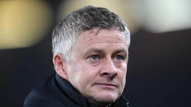 Ole Gunnar Solskjaer should look to be proactive in the January transfer window, according to a former Manchester United team-mate.