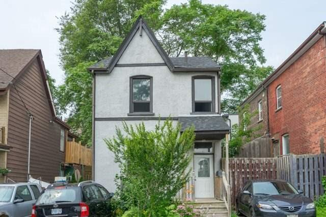 "<p><a href=""https://www.zoocasa.com/toronto-on-real-estate/5120249-242-munro-st-toronto-on-m4m2c2-e4057792"" rel=""nofollow noopener"" target=""_blank"" data-ylk=""slk:242 Munro St., Toronto, Ont."" class=""link rapid-noclick-resp"">242 Munro St., Toronto, Ont.</a><br> Location: Toronto, Ontario<br> List Price: $999,000<br> (Photo: Zoocasa) </p>"