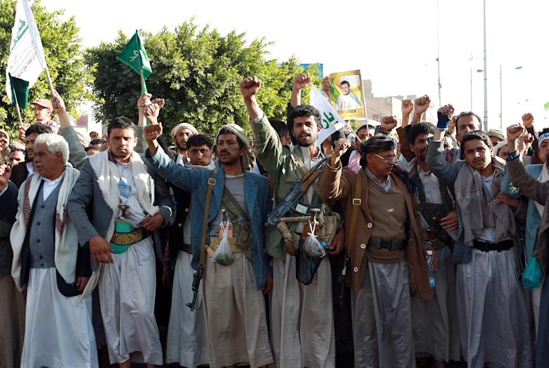 Followers of the Huthi movement march during a demonstrate to show support for the Shiite movement's uprising, Janurary 23, 2015, in Sanaa