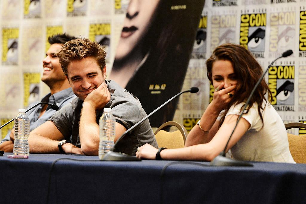 "Kristen Stewart is begging Robert Pattinson to meet her on England's Isle of Wight for ""crisis talks,"" reveals <i>Now.</i> The magazine says Stewart's hoping that if they reunite on their favorite vacation spot, Pattinson will ""realize just how important it is to fight to save their relationship."" For whether Pattinson's agreed to Stewart's plea, log on to <a target=""_blank"" href=""http://www.gossipcop.com/kristen-stewart-isle-of-wight-2012-robert-pattinson-meeting-cheating-talks/"">Gossip Cop</a>."