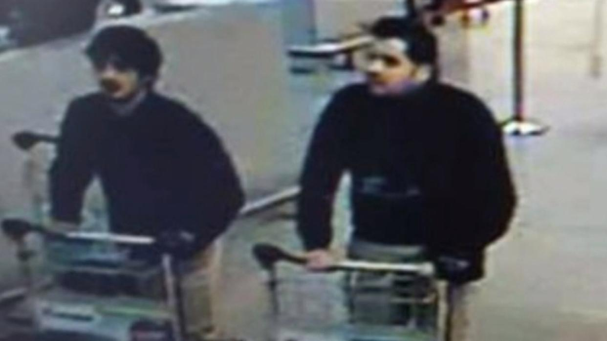 Brussels Attack Suspects May Have Worn Glove to Hide Bomb Detonator