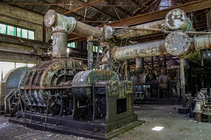 <p>The site was operational until 1971, when its furnaces were permanently turned off due to increasing labor costs, imports and other factors. (Photo: Abandoned Southeast/Caters News) </p>