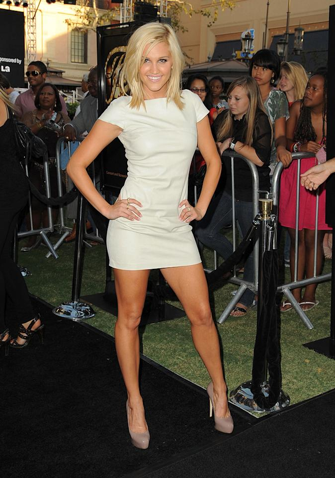 """<a href=""""http://movies.yahoo.com/movie/contributor/1808682012"""">Ashley Roberts</a> at the Los Angeles premiere of <a href=""""http://movies.yahoo.com/movie/1810033914/info"""">Fame</a> - 09/23/2009"""
