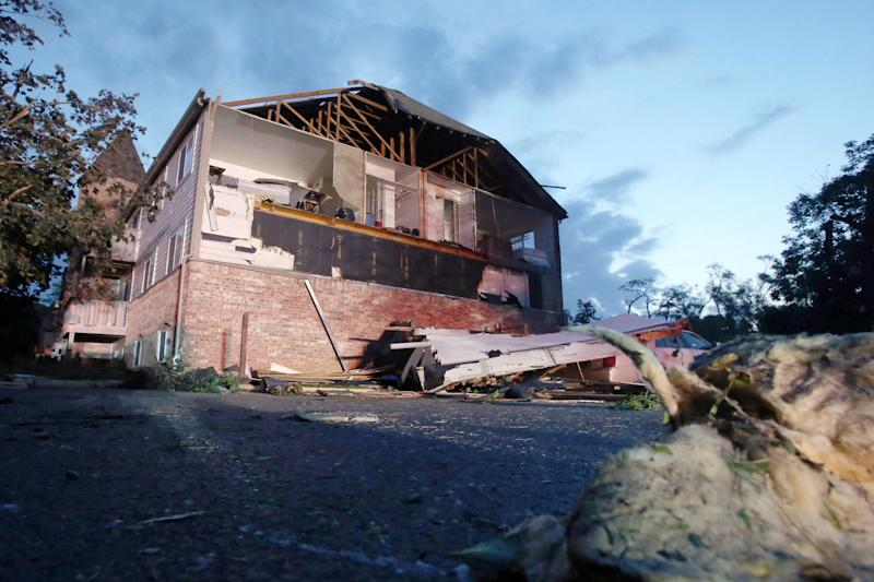 An apartment in Trotwood, Ohio, near Dayton, was damaged when a tornado touched down. (Photo: Aaron Josefczyk/Reuters)
