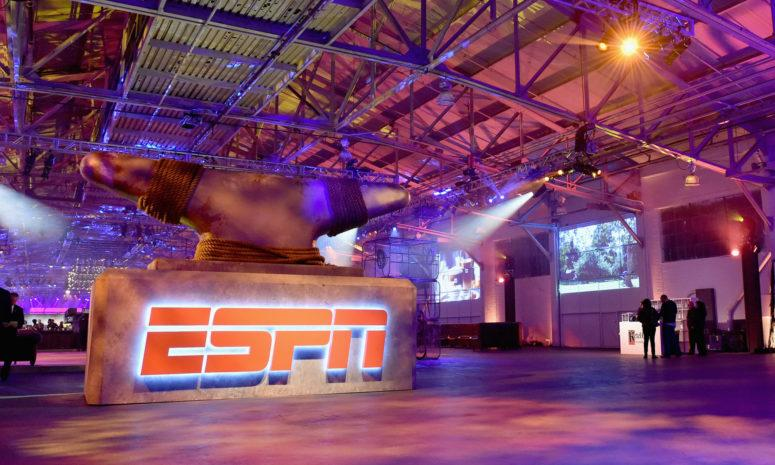 A general photo of ESPN's set.