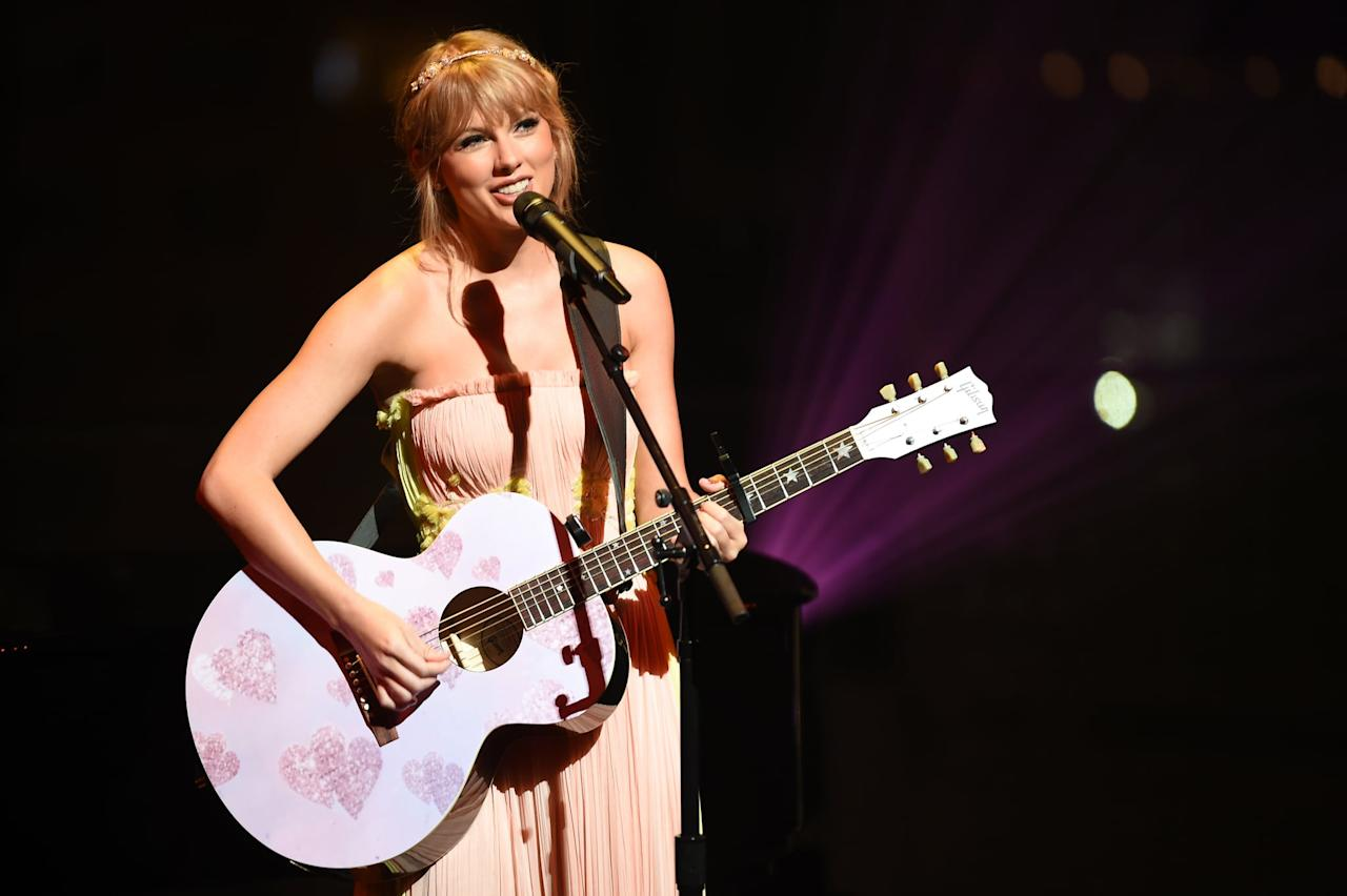 """<p>As any Swiftie knows, Taylor expresses herself best through song, and her <strong>Lover</strong> album gave us even more rare glimpses into her personal life. While Taylor's <strong>Reputation</strong> album included <a href=""""https://www.popsugar.com/entertainment/Who-Songs-Taylor-Swift-Reputation-About-44244774"""" class=""""ga-track"""" data-ga-category=""""Related"""" data-ga-label=""""http://www.popsugar.com/entertainment/Who-Songs-Taylor-Swift-Reputation-About-44244774"""" data-ga-action=""""In-Line Links"""">tongue-in-cheek songs about her public persona</a>, her <strong>Lover</strong> album was the complete opposite. Of course, <a href=""""https://www.popsugar.com/entertainment/Taylor-Swift-Songs-About-Joe-Alwyn-46518830"""" class=""""ga-track"""" data-ga-category=""""Related"""" data-ga-label=""""http://www.popsugar.com/entertainment/Taylor-Swift-Songs-About-Joe-Alwyn-46518830"""" data-ga-action=""""In-Line Links"""">there were songs about her romance with Joe Alwyn</a>, but she also showed a more vulnerable side as she opened up about <a href=""""https://www.popsugar.com/entertainment/Who-Did-Taylor-Swift-Write-Soon-Youll-Get-Better-About-46539005"""" class=""""ga-track"""" data-ga-category=""""Related"""" data-ga-label=""""http://www.popsugar.com/entertainment/Who-Did-Taylor-Swift-Write-Soon-Youll-Get-Better-About-46539005"""" data-ga-action=""""In-Line Links"""">her mom Andrea's battle with cancer</a>. She even touched on mental health as she talked about her overbearing anxiety in <a href=""""https://www.popsugar.com/celebrity/Taylor-Swift-Lover-Album-Prologue-Letter-46535274"""" class=""""ga-track"""" data-ga-category=""""Related"""" data-ga-label=""""http://www.popsugar.com/celebrity/Taylor-Swift-Lover-Album-Prologue-Letter-46535274"""" data-ga-action=""""In-Line Links"""">the album's prologue letter</a>.</p>"""