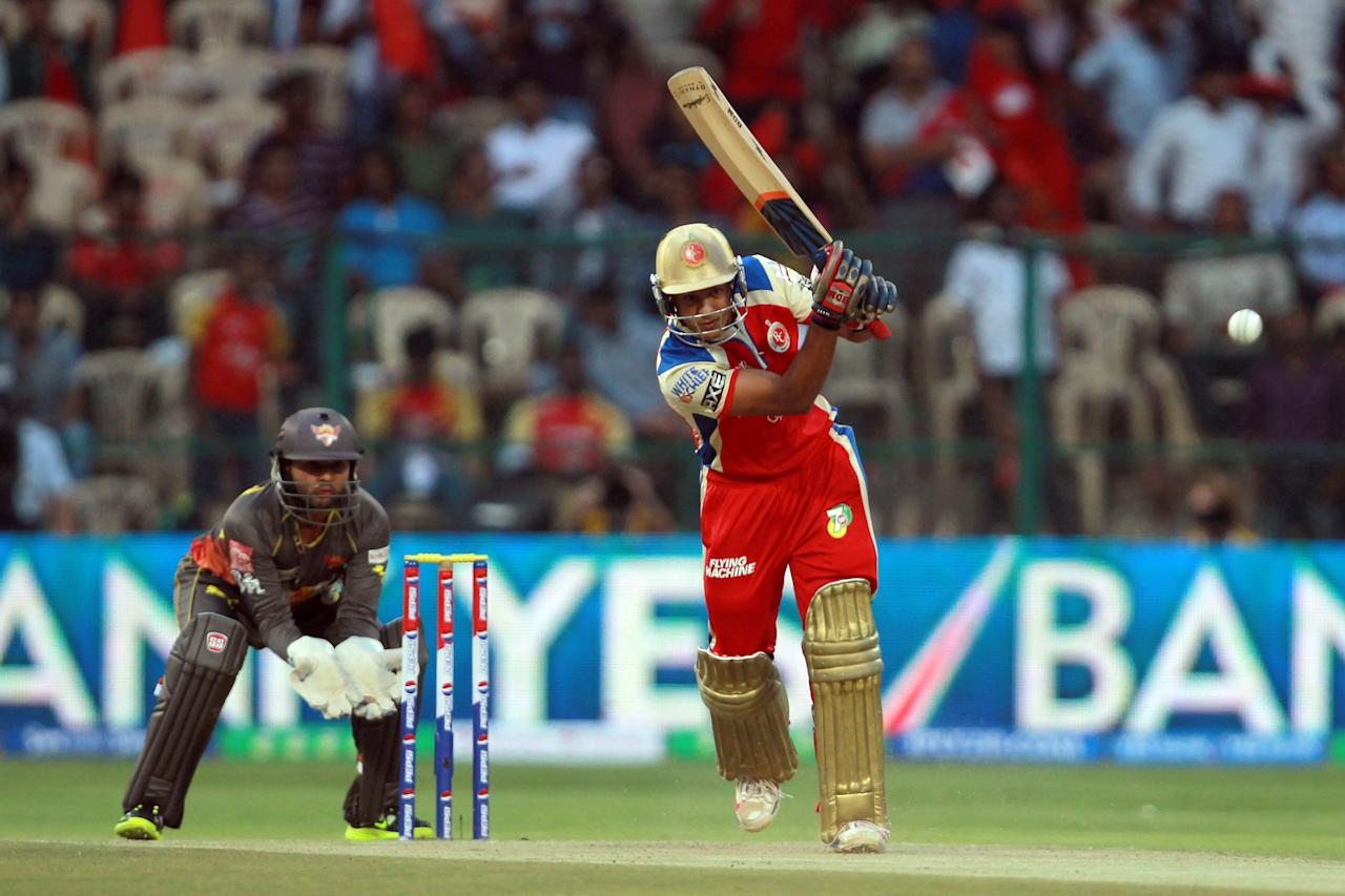 Mayank Agarwal hits the first boundary of the innings during match 9 of the Pepsi Indian Premier League between The Royal Challengers Bangalore and The Sunrisers Hyderabad held at the M. Chinnaswamy Stadium, Bengaluru on the 9th April 2013. (BCCI)