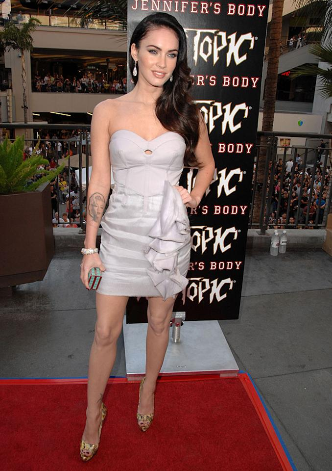 "Megan Fox arrives at ""Jennifer's Body"" Hot Topic Fan Event at Hot Topic on September 16, 2009 in Hollywood, California."