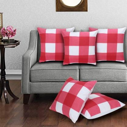 "Go plaid mad with these <a href=""https://fave.co/2LirfnM""><strong>red cushion covers by Drapdeal</strong></a>. <em>Rs.215 (set of five) on offer.</em> <a href=""https://fave.co/2LirfnM""><strong>Buy it here!</strong></a>"