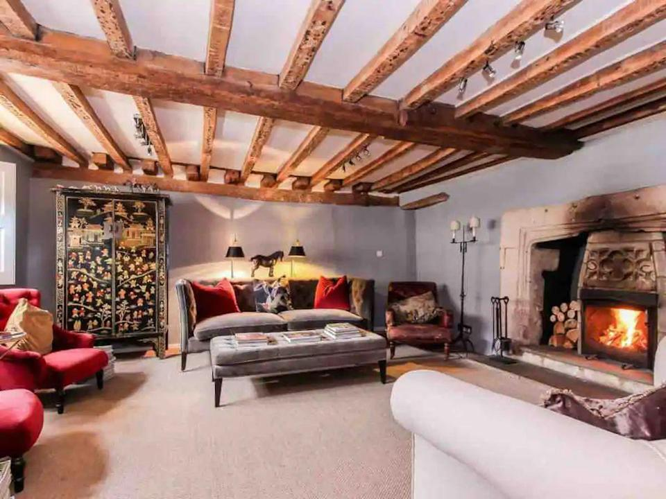 "<p>This enchanting cottage in the riverside town of Lechlade-on-Thames, at the southern edge of the Cotswolds, offers an authentic country setting for a rural getaway. Wellingtons by the porch, the open fire, a quintessential Cotswold garden and Tudor and Elizabethan origins - everything at this luxury Airbnb is divine. </p><p><strong>Sleeps: </strong>6</p><p><strong>Make sure you... </strong>Bring the dog along as pets are welcome.</p><p><strong>Price per night: </strong>£678</p><p><a class=""link rapid-noclick-resp"" href=""https://airbnb.pvxt.net/x9kbgy"" rel=""nofollow noopener"" target=""_blank"" data-ylk=""slk:BOOK HERE"">BOOK HERE</a><br></p>"