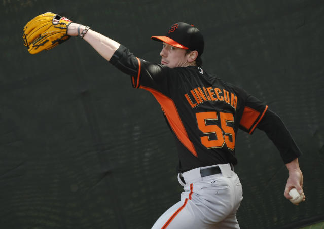 Tim Lincecum rented a warehouse in Seattle this winter so he could train like never before