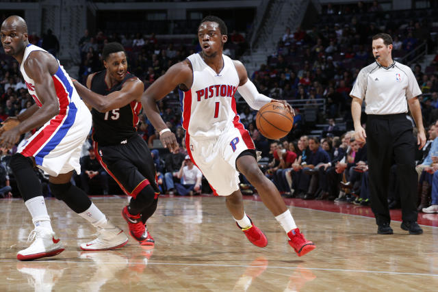 AUBURN HILLS, MI - APRIL 4: Reggie Jackson #1 of the Detroit Pistons looks to move the ball against the Miami Heat during the game on April 4, 2015 at The Palace of Auburn Hills in Auburn Hills, Michigan. (Photo by B. Sevald/Einstein/NBAE via Getty Images)