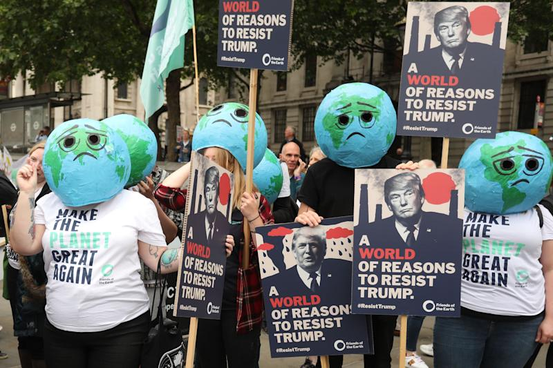 Climate-change and anti-Trump protesters in central London. (Photo: Isabel Infantes/AFP/Getty Images)