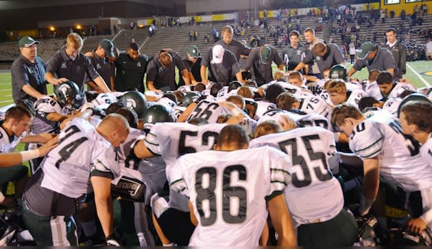 The Skyline football team returns to action on Friday, a day after a mass shooting threat — SkylineGridiron.com