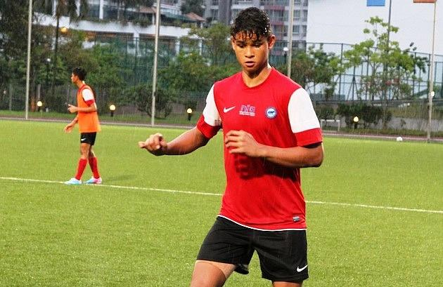 Irfan Fandi, son of Fandi Ahmad, at a training session for the National Football Academy Under-16s. (Photo: 25th Canon Lion City Cup)