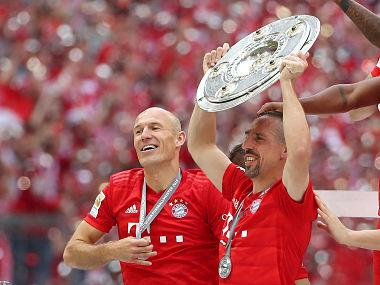 European football talking points: Bayern Munich give Arjen Robben, Franck Ribery perfect send off; Ajax clinch Eredivisie title