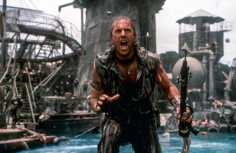 Kevin Costner in the post-apocalyptic action movie <em>Waterworld</em>. (Photo: Ben Glass/Universal Pictures/Courtesy: Everett Collection)