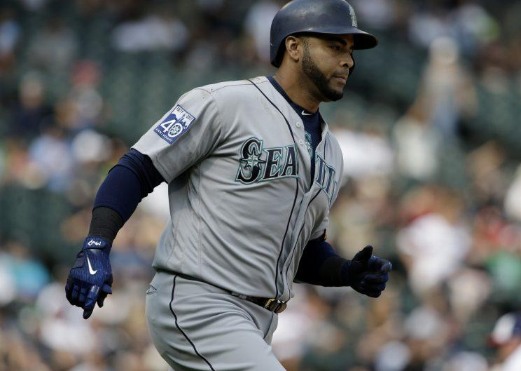 Nelson Cruz decided to mess with an old teammate Sunday. (AP Photo)