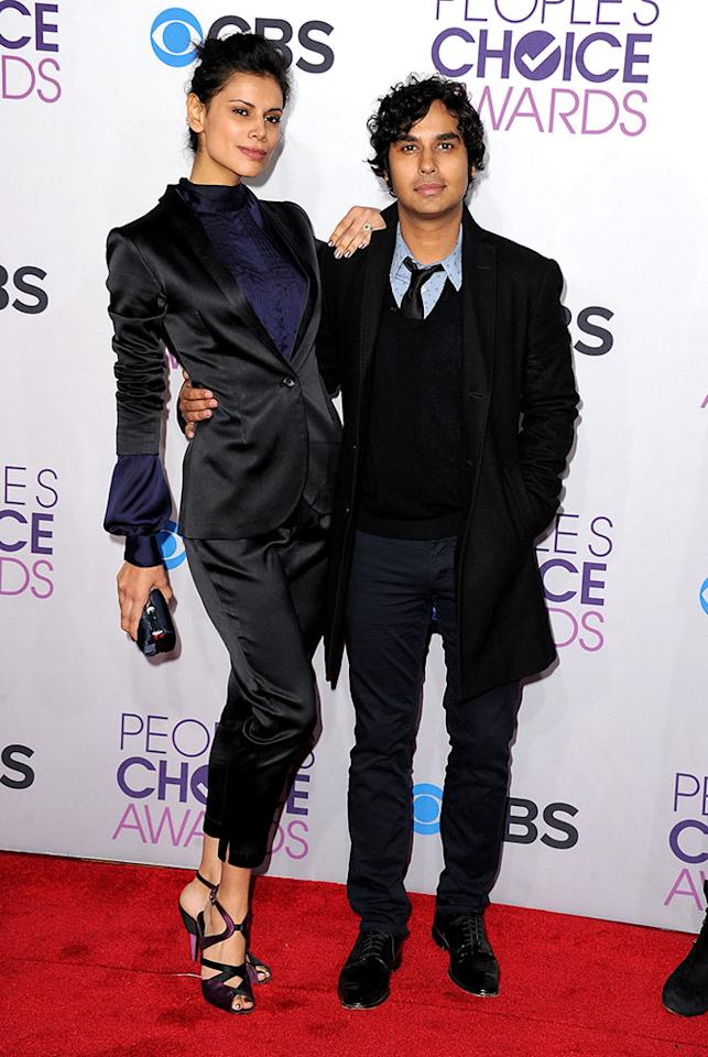 Neha Kapur and Kunal Nayyar attend the 2013 People's Choice Awards at Nokia Theatre L.A. Live on January 9, 2013 in Los Angeles, California.