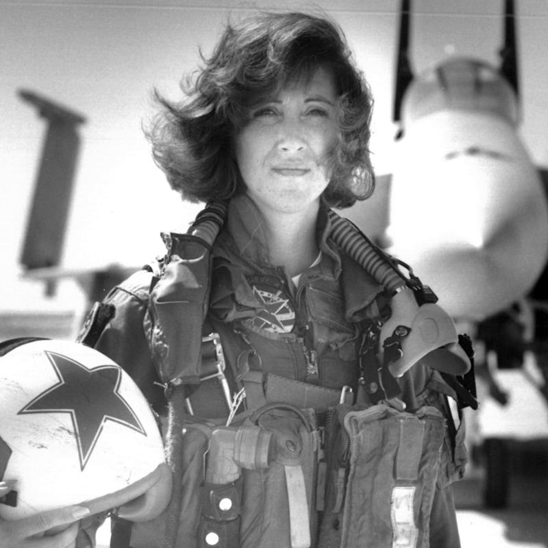 This Is What a Woman Under Pressure Sounds Like: Actual Audio of 'Nerves of Steel' Pilot Tammie Jo Shults Landing Southwest Flight 1380