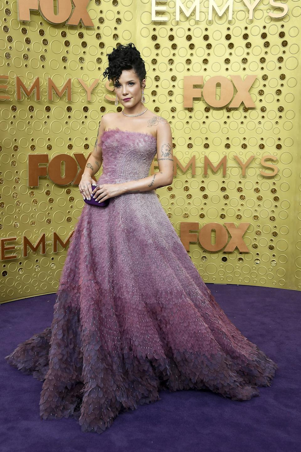 """<h1 class=""""title"""">Halsey with Heliopolis Clutch</h1><cite class=""""credit"""">Photo: Getty Images</cite>"""