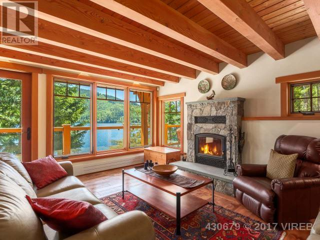 "<p><a rel=""nofollow"">3905 #407-3676 Horne Lake Caves Rd., Qualicum Beach, B.C.</a><br /> This 1,706-square-foot, custom-designed Douglas Fir home is located 2 1/2 hours away from Victoria on Vancouver Island, right on Horne Lake.<br /> (Photo: Zoocasa) </p>"