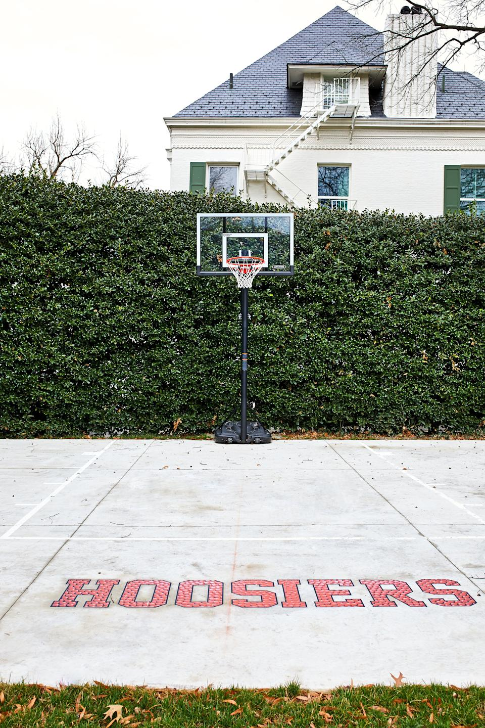 "The Pence family added the logo <a href=""https://www.washingtonpost.com/lifestyle/magazine/new-curtains-a-beehive-and-a-basketball-court-the-pences-at-the-vice-presidents-residence/2018/04/12/c3817dec-18cb-11e8-92c9-376b4fe57ff7_story.html"" target=""_blank"" rel=""noopener noreferrer"">from the movie ""Hoosiers""</a> for their time at the residence. (Photo: The Washington Post via Getty Images)"
