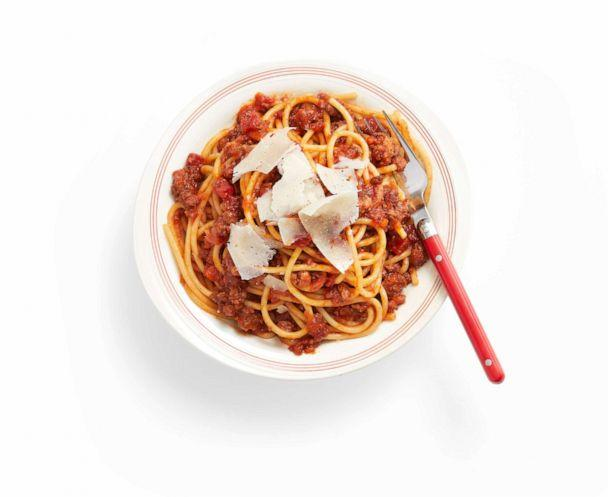 PHOTO: Spaghetti Bolognese recipe by Geoffrey Zakarian's 12-year-old daughter, Madeline. (Ralph Smith / Food Network Magazine)