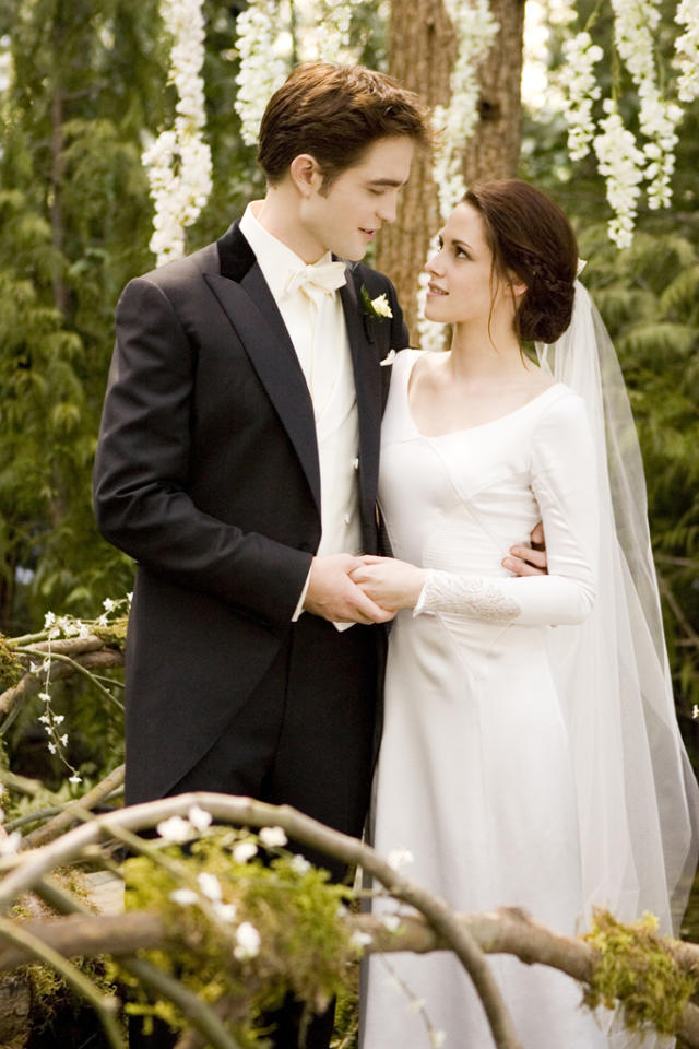 ROBERT PATTINSON and KRISTEN STEWART star in THE TWILIGHT SAGA: BREAKING DAWN-PART 1