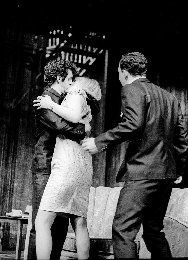 Michael Sheen, Lindsay Duncan and Eddie Marsan in The Homecoming by Harold Pinter at the National Theatre, 1997, directed by Roger Michell.