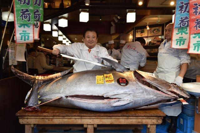 Japan 'Tuna King' buys new year catch for $1.8 million