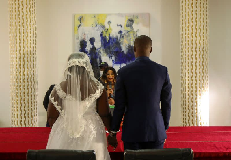 Couple rushes to send last minute wedding invites as Ivory Coast eases lockdown