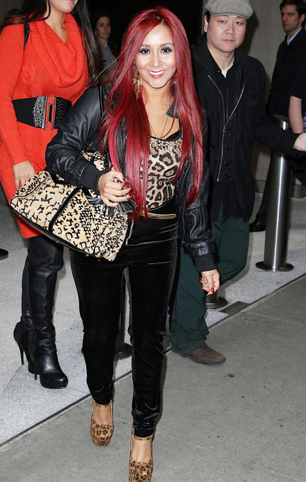 89295, NEW YORK CITY, NEW YORK - Monday January 14, 2013.  'Jersey Shore' star Nicole 'Snooki' Polizzi enjoys the night off from her little boy Lorenzo out and about in New York City.   Photograph © Felipe Ramales, PacificCoastNews.com **FEE MUST BE AGREED PRIOR TO USAGE** **E-TABLET/IPAD & MOBILE PHONE APP PUBLISHING REQUIRES ADDITIONAL FEES** LOS ANGELES OFFICE:  1 310 822 0419 LONDON OFFICE:  44 20 8090 4079