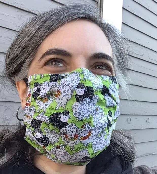 Masks should cover the nose and chin and not gape at the sides.