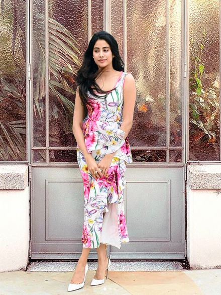 <p>Janhvi oozes floral feminity in this printed dress by Prabal Gurung and white stilettos. </p>
