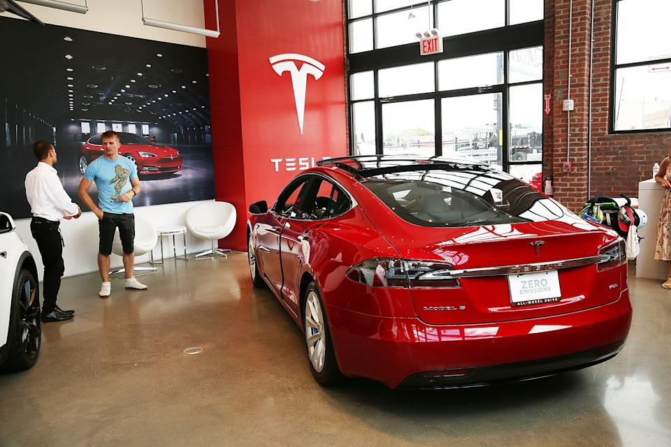 A Tesla model S sits parked in a new Tesla showroom and service center in Red Hook, Brooklyn on July 5, 2016 in New York City.