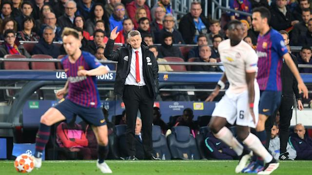 Manchester United's 3-0 loss at Barcelona brought up a fourth successive away defeat in all competitions for the first time since 1999.