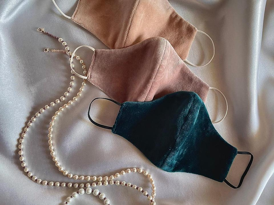 <p><span>Handmade Velour Face Mask With Pearl Chain Lanyard</span> ($9+)</p>