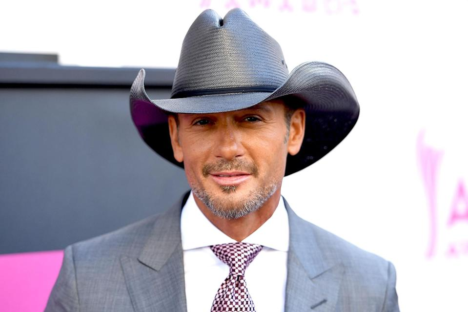 <p>The country singer is a Taurus, too! He's born on May 1. </p>