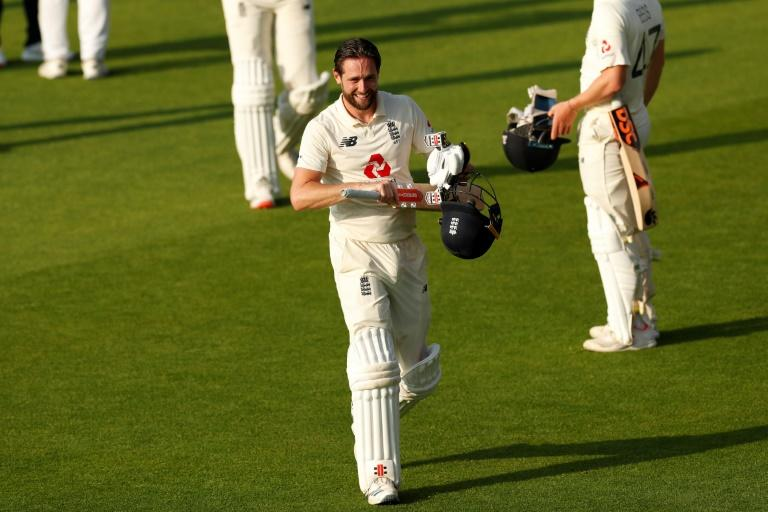 Uncapped Robinson in England squad for second Pakistan Test